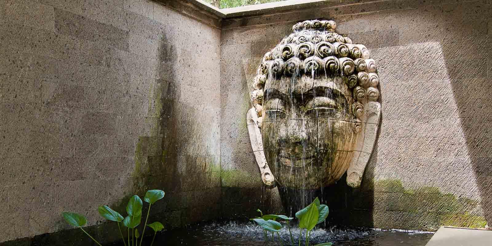 villa-matahari-buddha-fountain