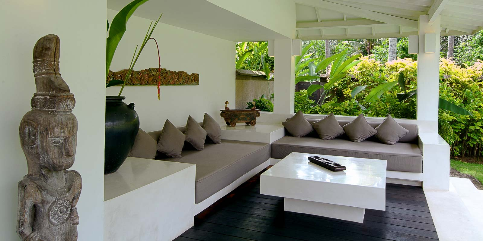 villa-matahari-garden-suite-private-lounge